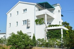 Apartmaji IGOR Betina