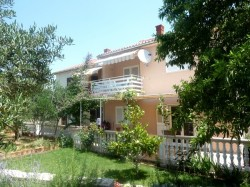 Apartment 1 (4+2) | Apartments VINKO Betina